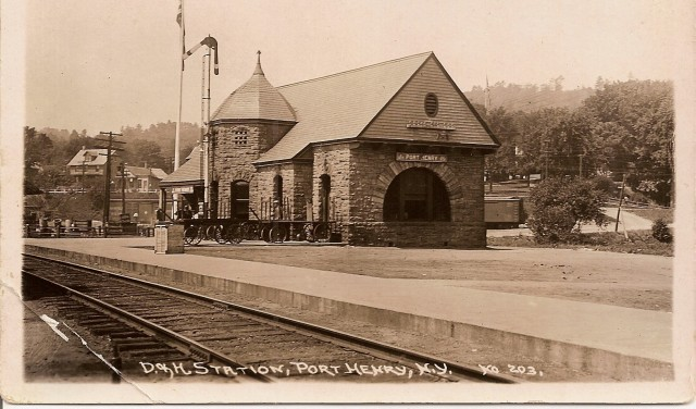 Another view of D & H railroad station